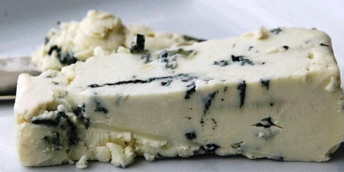 Суп сирний: як приготувати покроково