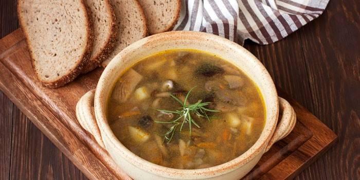 Суп з печерицями: приготування страви