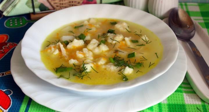 Суп на курячому бульйоні з галушками - як зварити ситний обід