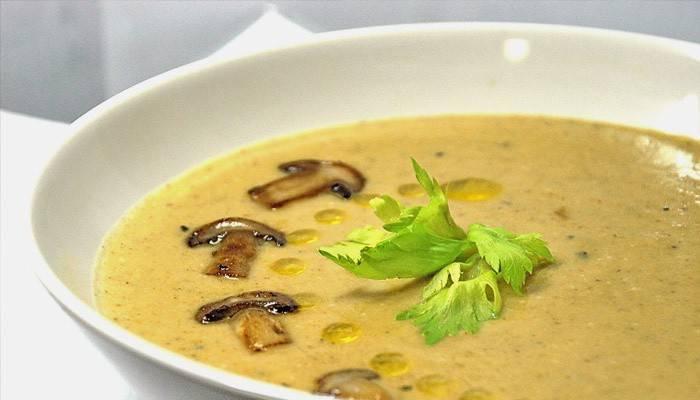 Сирний суп з печерицями: покрокові рецепти з куркою і плавленим сиром