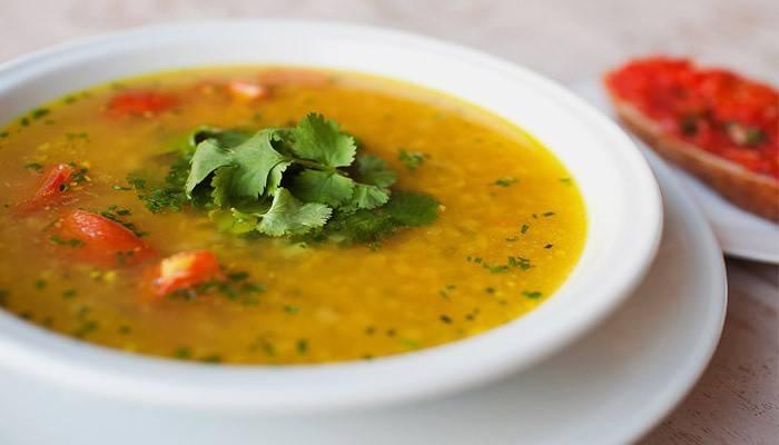Пісний суп гороховий: приготування смачної страви