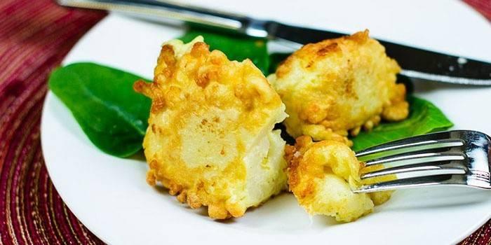 Як смачно приготувати цвітну капусту на сковороді: швидкі страви