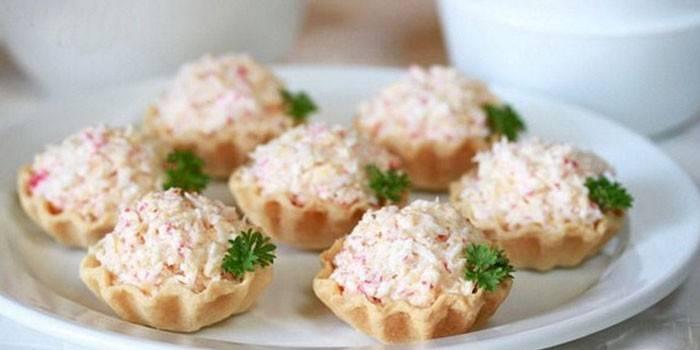 Тарталетки з крабовими паличками і яйцем - як готувати з сиром, рибою
