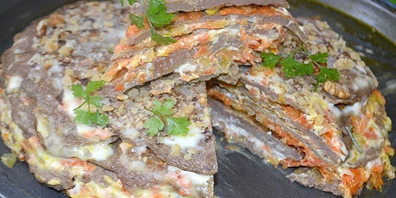 Печінковий торт з яловичої печінки: як приготувати покроково