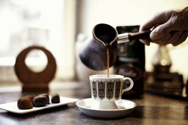 Рецепти варіння кави в турці за 3, 5 і 10 хвилин для мам, тат і вихідного дня
