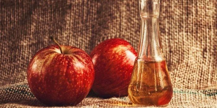 Кальвадос в домашніх умовах з яблук: як приготувати справжній напій