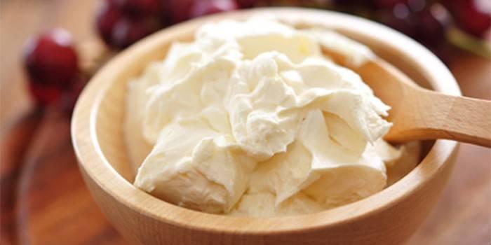 Крем-чіз для торта або капкейків - як готувати вдома, інгредієнти та основні етапи з відео