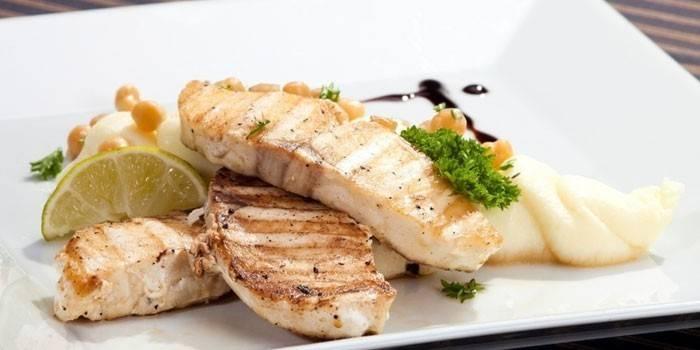 Масляна риба - користь і рецепти приготування страв з фото