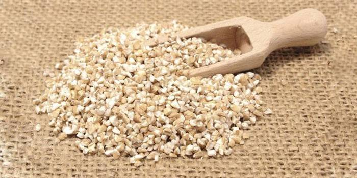 Ячна каша - користь і шкода при вагітності, грудному вскармлмвании і для дітей, калорійність і склад