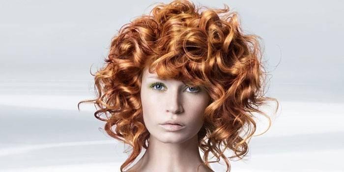 Великі локони на середні волосся - як зробити укладку за допомогою плойки, хімічної або біозавивки з фото