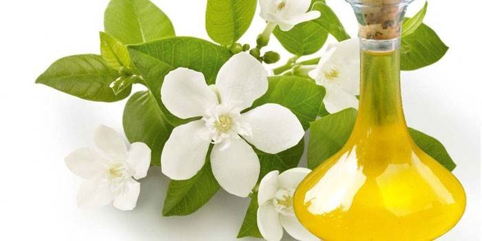 Корисні властивості олії неролі - використання в косметології