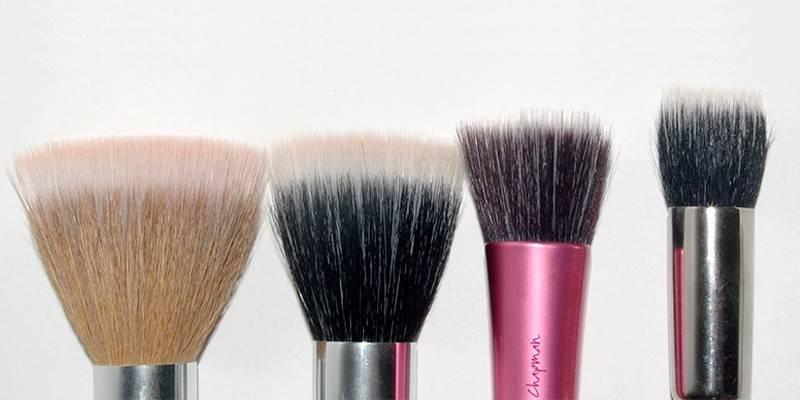 Пензель для тонального крему: інструменти для макіяжу та відгуки