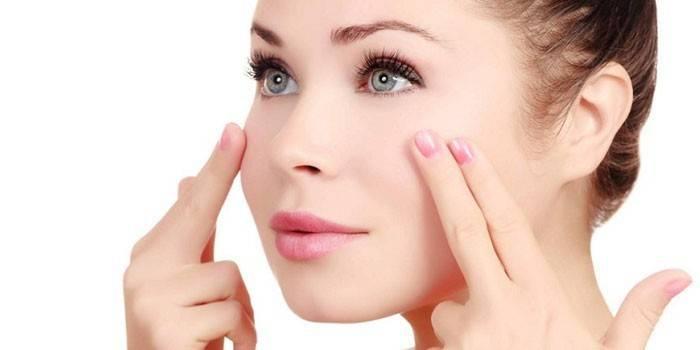 Масаж обличчя від зморшок: ефективні техніки для жінок, відео