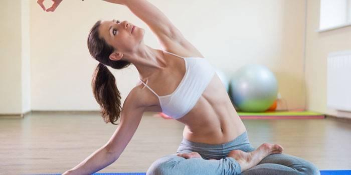 Як схуднути після кесаревого і прибрати живіт харчуванням, вправами і масажем